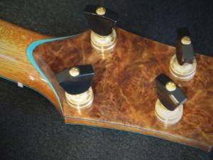 honu tenor ukulele with australian mallee burl accents by kimo ukulele san diego ca