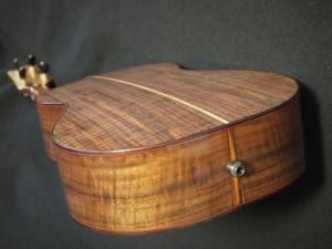 claro walnut baritone ukulele