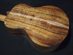 super duper super tenor ukulele