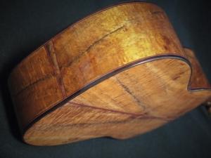 crinkle curl koa tenor ukulele