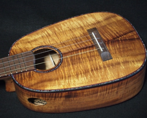 christmas koa tenor pineapple ukulele