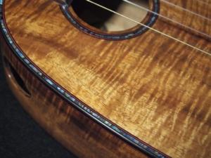 christmas koa tenor pineapple ukulele