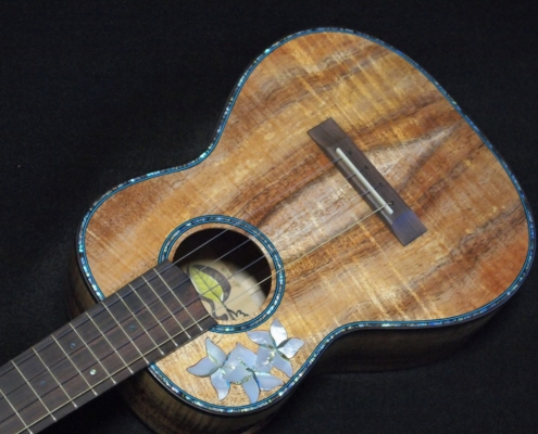 the cindy tenor ukulele