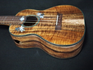 hawaiian koa ukulele