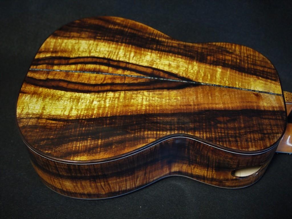 hawaiian curly koa wood