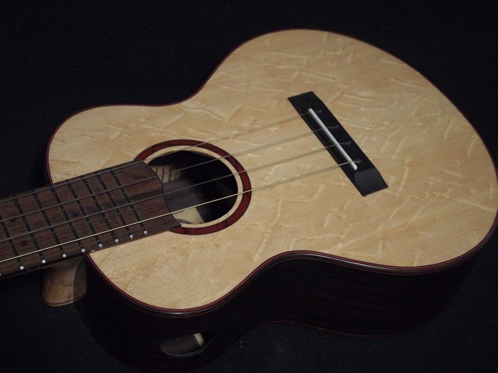 bear and rose tenor ukulele