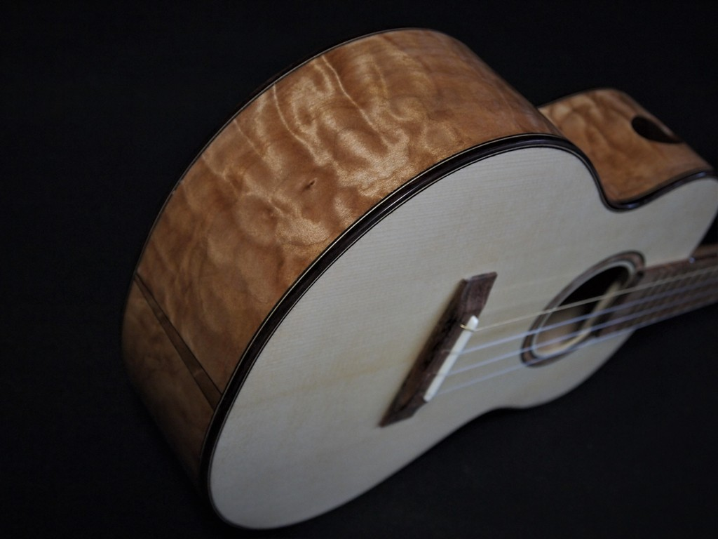 quilt maple super tenor ukulele