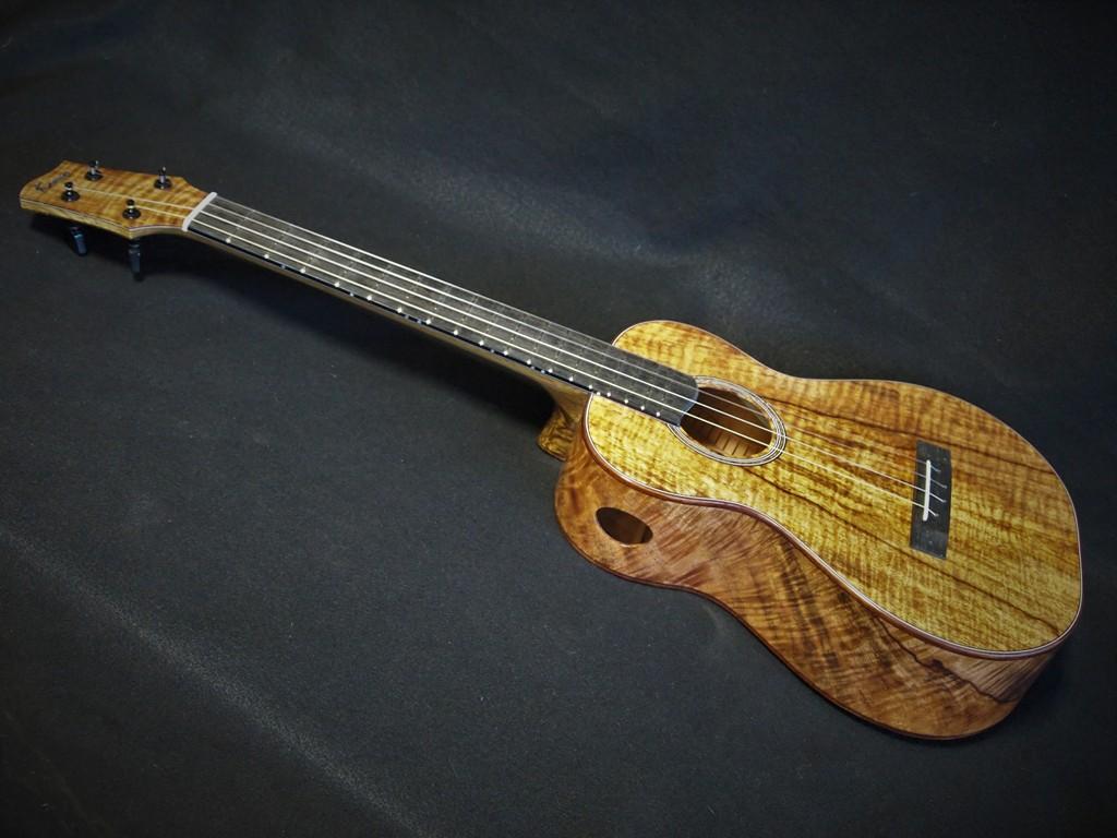 curly mango baritone ukulele