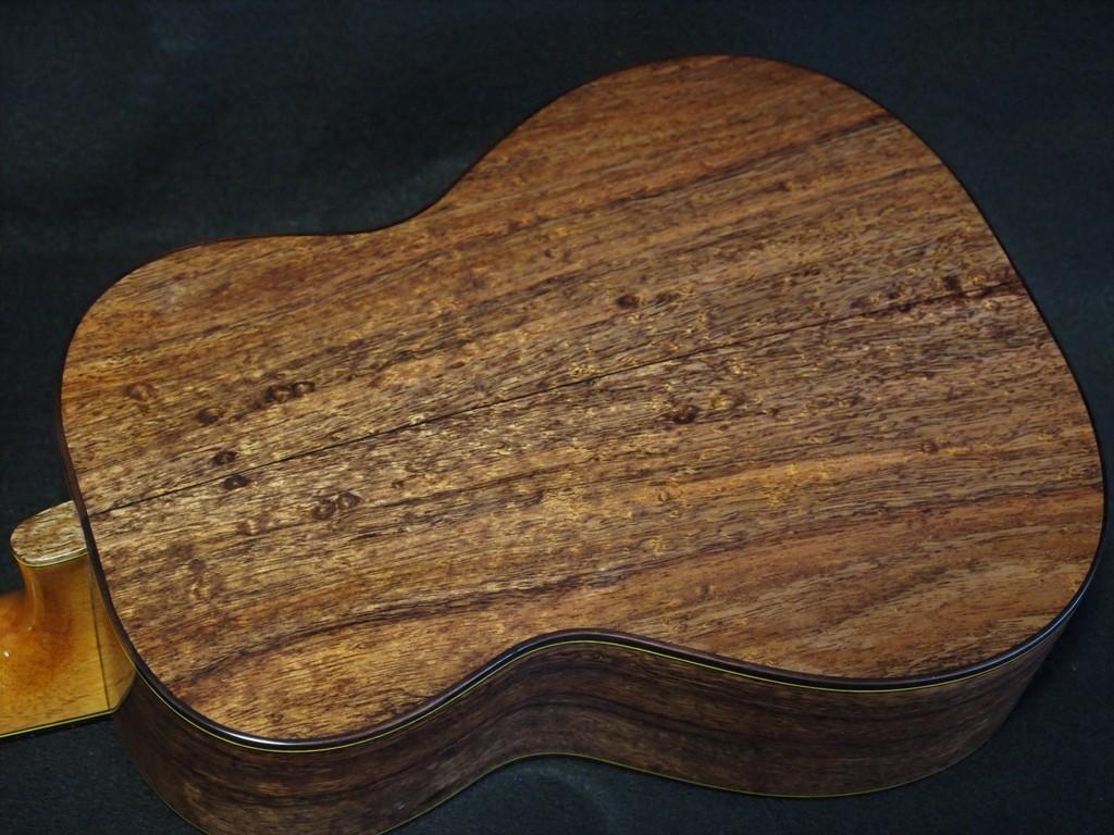 blister koa tenor ukulele
