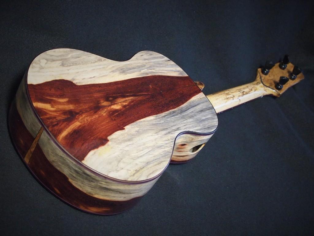 gecko tamarind tree super tenor ukulele