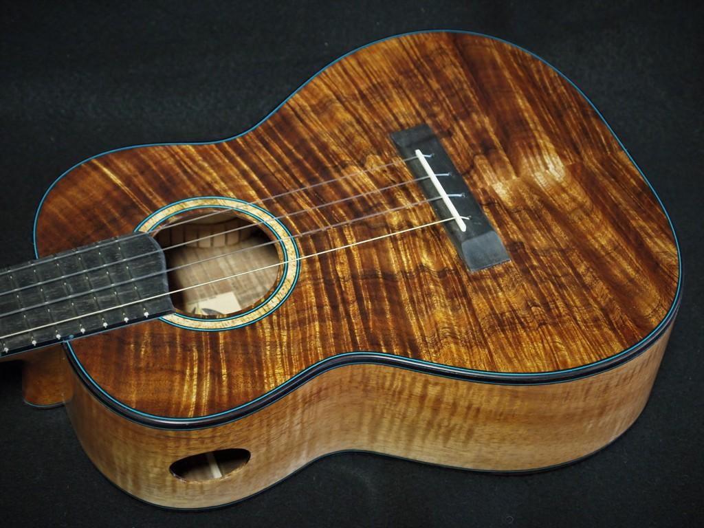 Koa lovers tenor ukulele