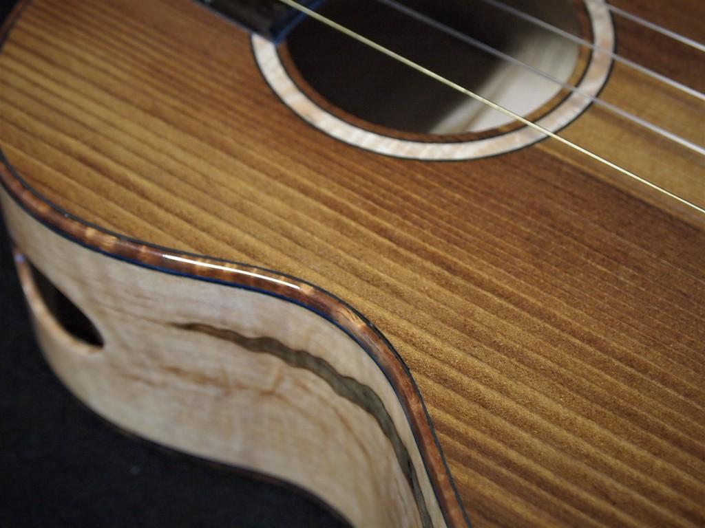 maple and mappa burl tenor ukulele