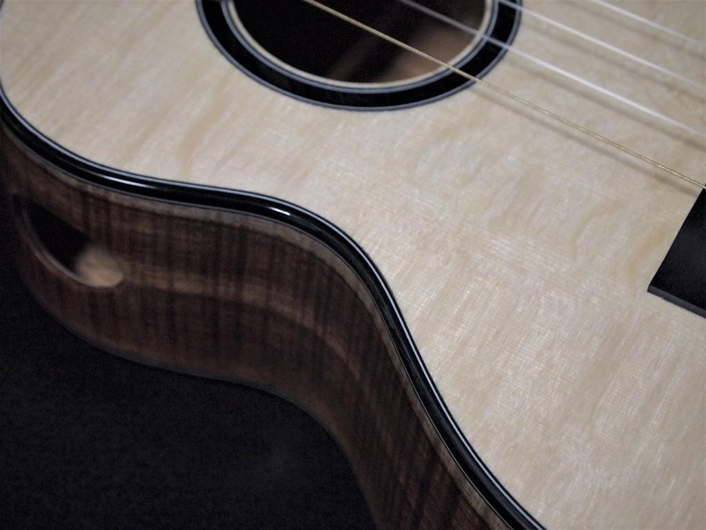 koa moon super tenor ukulele